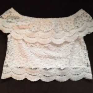 Lace crop top - Like new condition